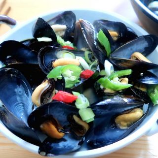 Korean Mussel Soup