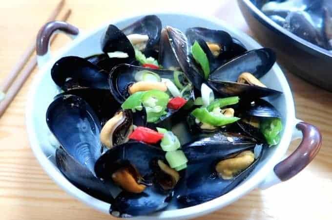Korean Mussel Soup