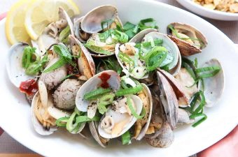 Soju-Steamed-Clams