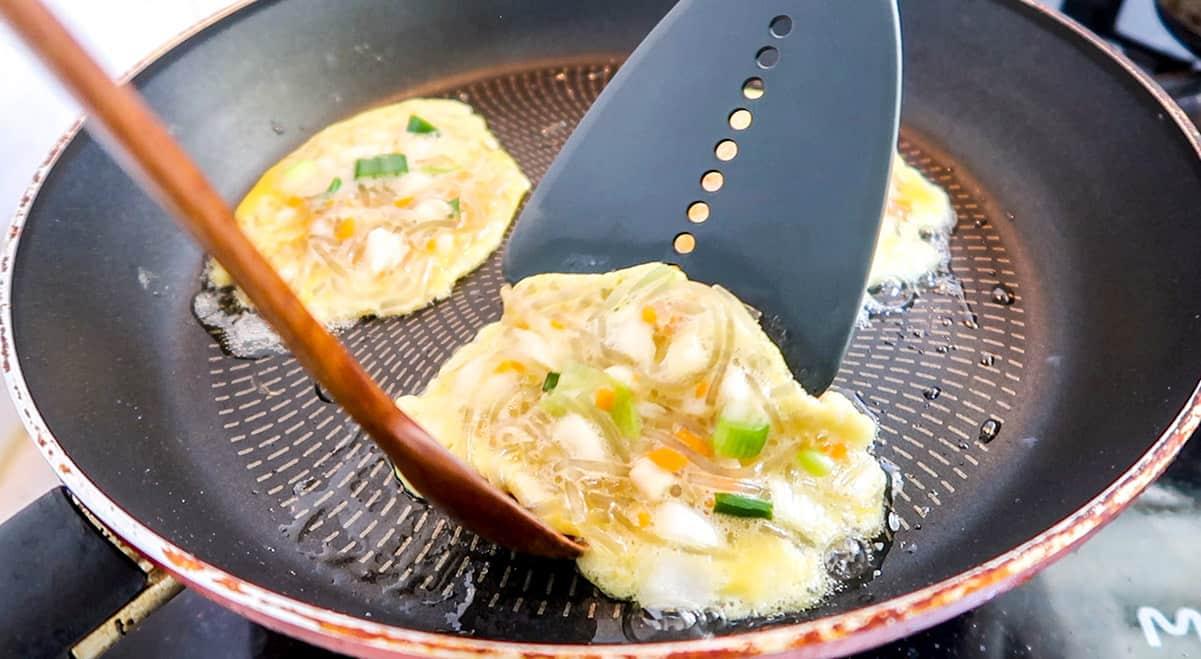 Egg Dumpling - Fold
